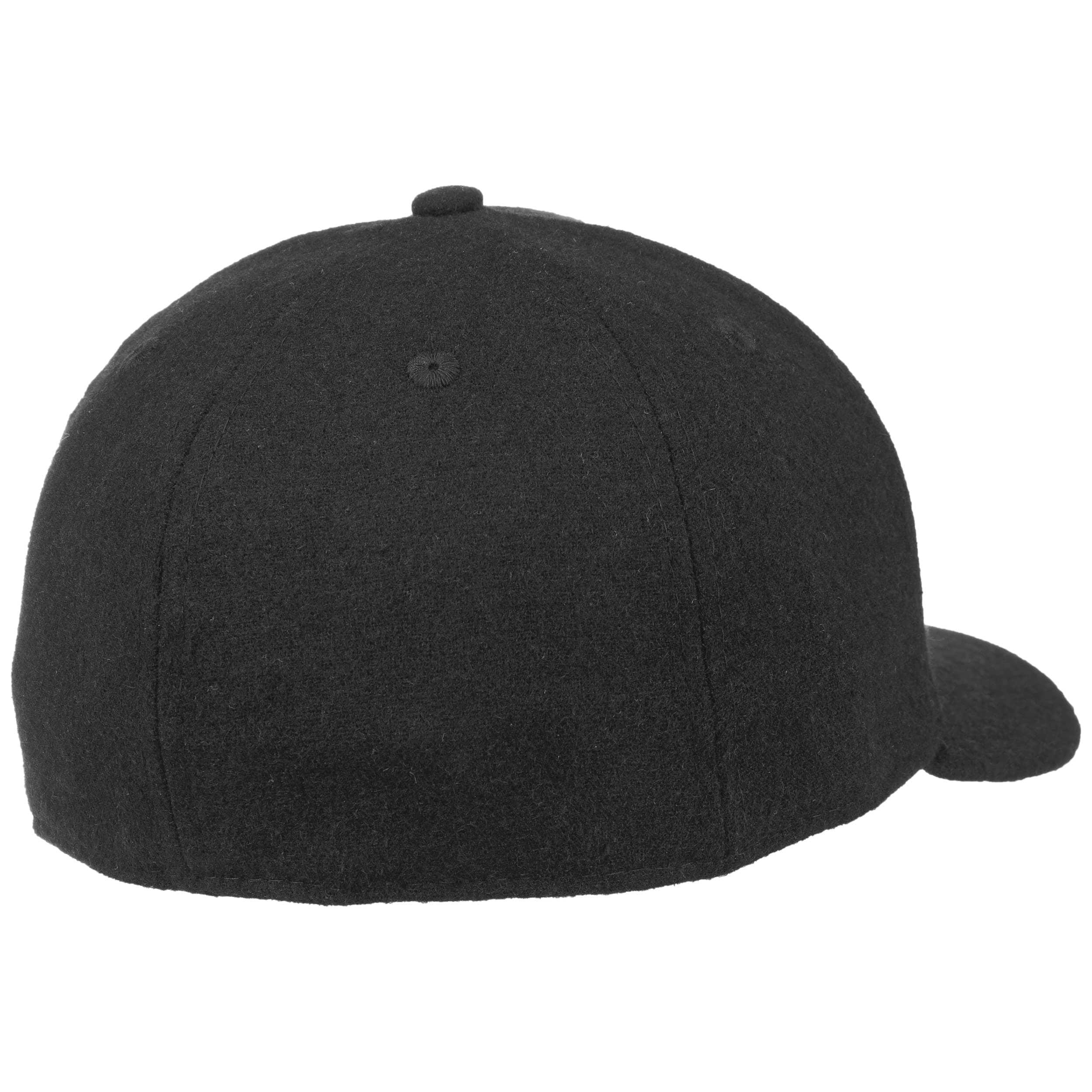 ... 59Fifty Low Profile Pin Bulls Cap by New Era - black 3 ... 060f5f5e299