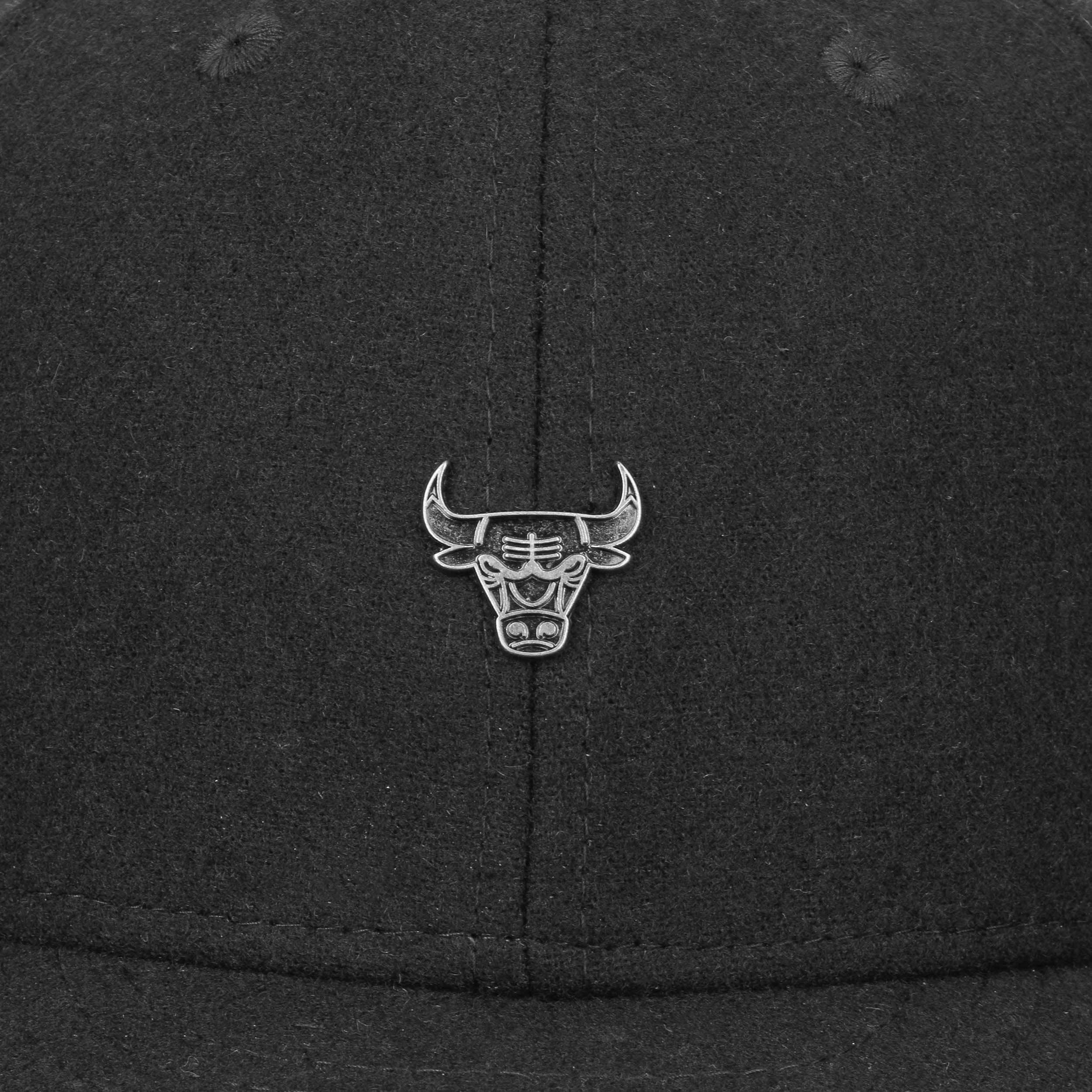 933cc3a4 ... 59Fifty Low Profile Pin Bulls Cap by New Era - black 5 ...