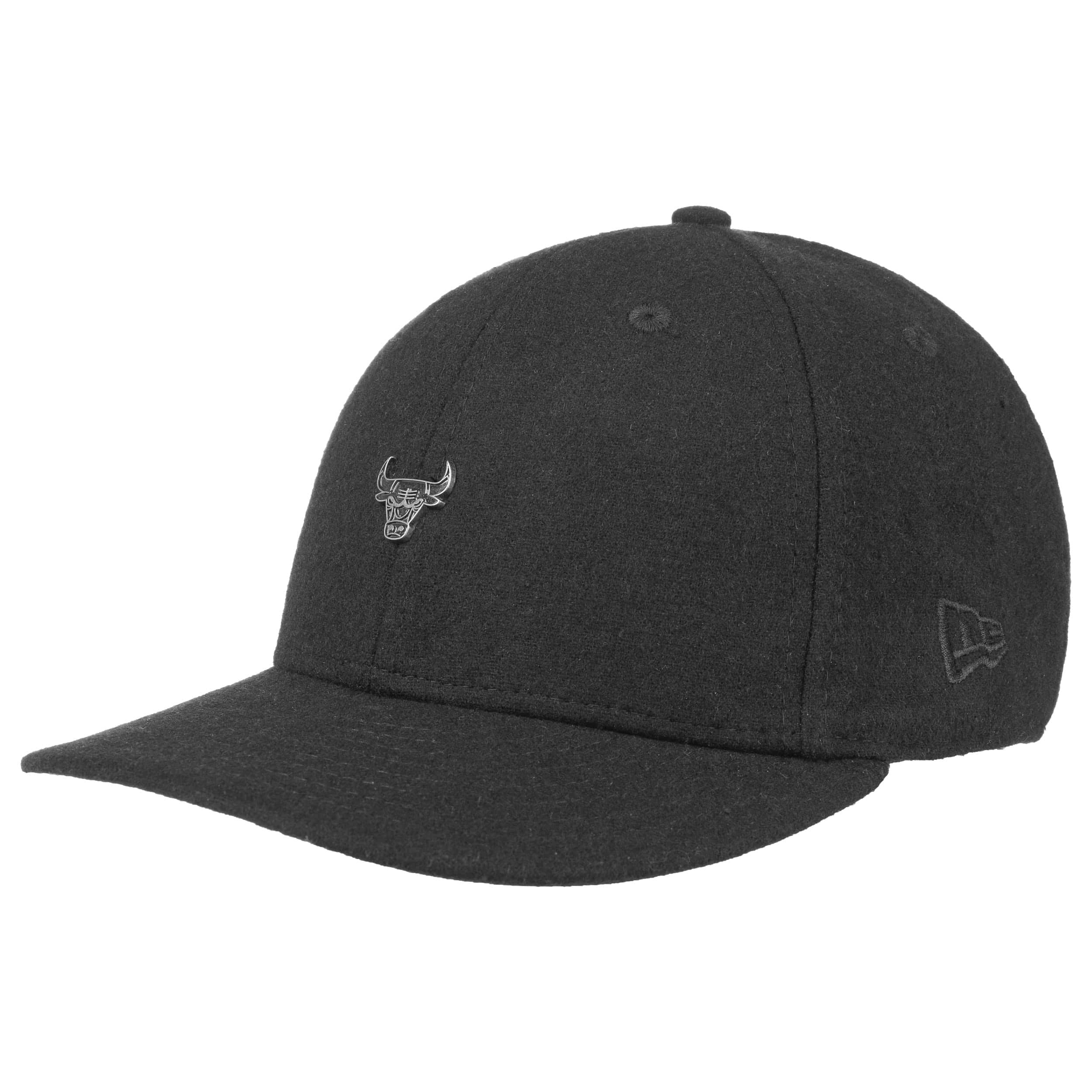 1f0491e1 ... 59Fifty Low Profile Pin Bulls Cap by New Era - black 6