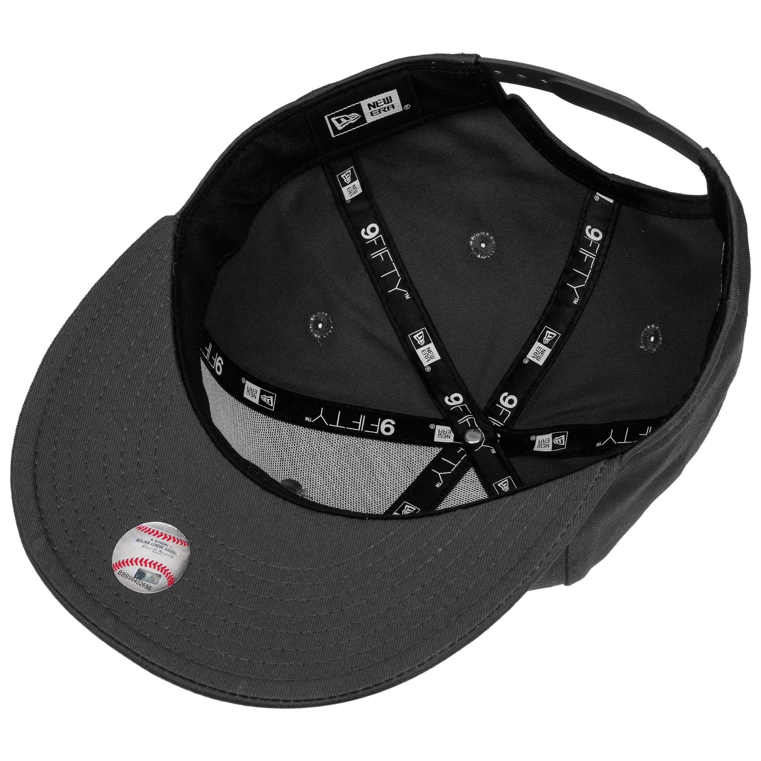 ... 9Fifty Ess NY Yankees Cap by New Era - black-white 2 ... 3cfd9725766