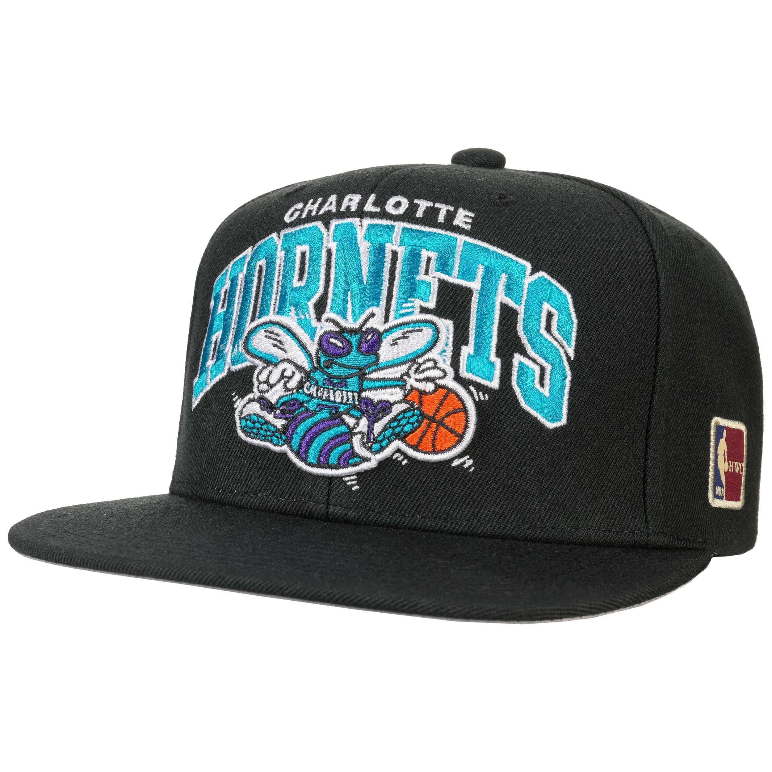 ... HWC NBA Hornets Cap by Mitchell   Ness - black 7 5933d487abd