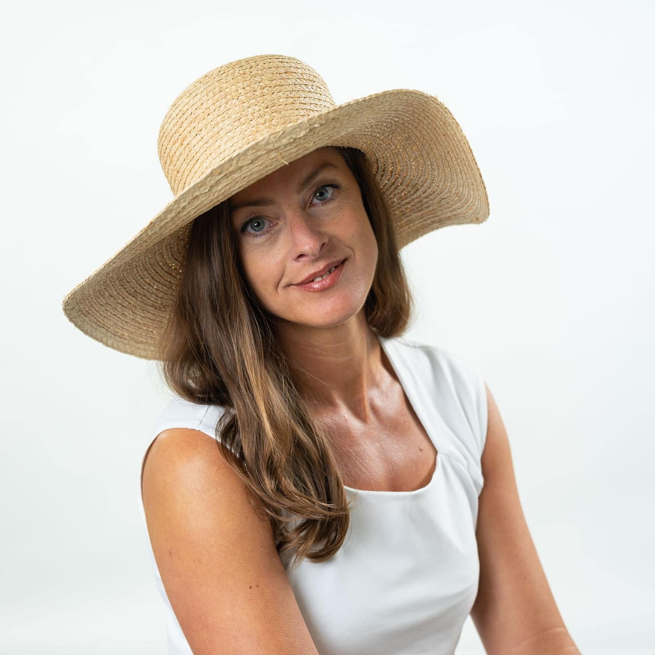... Women´s Raffia Straw Floppy Hat by Lierys - nature 4 ... 063d2d480eed